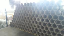 Tubo de papelão usado