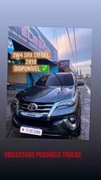 Hilux sw4 diesel SRX ano :2018/2019 7 lugares valor 255 mil