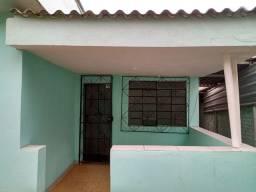 Alugo casa (independente) no bairro independência 850,00$ (direto com o proprietário)