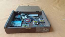 Coleção chaveiros militares e entre outros otimo estado de conservação
