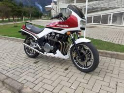 Moto CBX 750 FOUR