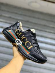 Tênis Gucci