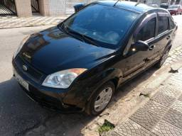 VENDO FIESTA SEDAN 2008 BASICO já financiado
