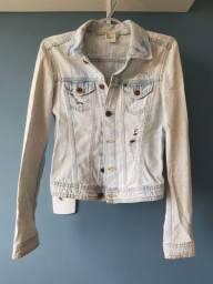 Jaqueta jeans clara curtinha