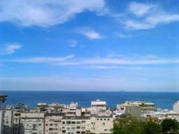 Título do anúncio: Vendo excelente casa com  terraço de frente para o mar  na comunidade do Leme