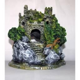 Enfeite em resina Castelo medieval Médio