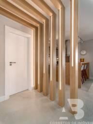 Apartamento mobiliado, equipado e decorado, 03 suítes, sacada com espaço gourmet, 02 vagas