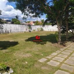 Lote de 1.600m² no Pq das Laranjeiras (Prox Av Das Torres) com Casa
