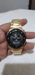 Relógio da SKMEI dourado original