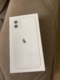 Título do anúncio: iPhone 128 GB branco zerado na caixa com nota e garantia