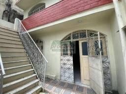 Casa em Presidente Vargas / Aluguel ou Venda - com 5 Dormitórios