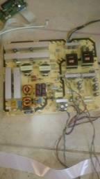 Título do anúncio: Paineis de led, so display quebrado, so para retirada de placas e leds