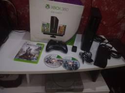 Xbox 360 super slim - na caixa 1 controle original + jogo original <br>