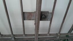 Portão de Ferro Reforçado