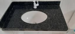2 pias de granito com torneira