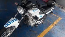 Ducar 150 2011 em dias
