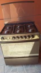 Geladeira eletrolux 214 l e fogão 6 bocas