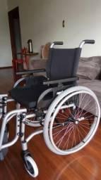 "Cadeira de rodas dobrável Jaguaribe. Modelo ""Taipu"" cód 01988"
