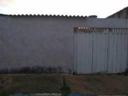 Casa na Santa Maria Norte 416 sozinha no lote