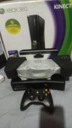 Xbox 360 + kinect + 1 controle + 10 jogos originais (BLOQUEADO)