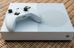 Troco XBox One 1TB por Playstation 4 500 GB