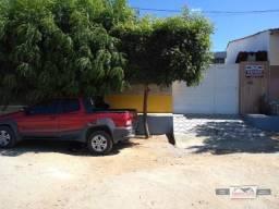Casa com 2 dormitórios à venda, 160 m² por R$ 150.000 - São Sebastião - Patos/Paraíba