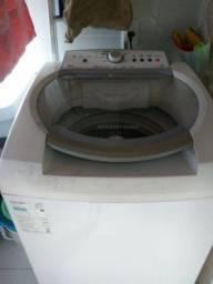 Vendo uma máquina de lavar 13 kg BRASTEMP excelente estado.