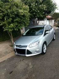 Ford Focus hatch manual 2014 - 2014