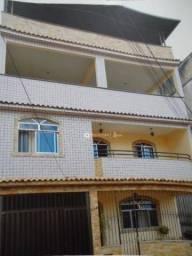 Casa com 4 quartos à venda, 240 m² por R$ 750.000 - Centro - Juiz de Fora/MG
