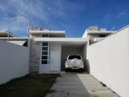 Aluga se casa plana em Eusébio