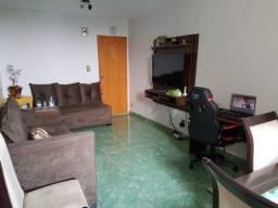 Apart 3 Quartos à venda, 79 m² por R$ 220.000 - Setor Urias Magalhães