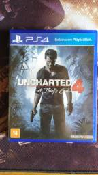 Uncharted 4: A Thief's End PS4 Usado