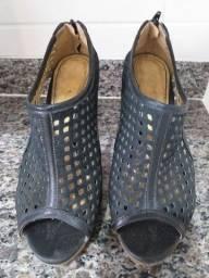 Sandália estilosa.
