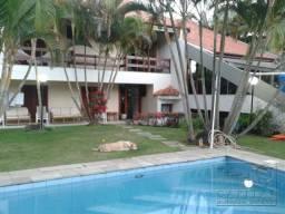 Linda casa mobiliada na Aldeia da Serra com 5 suítes e 1 suíte máster