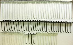Ganchos para painel canaletado