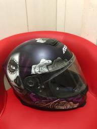 Capacete AXXIS bem conservado