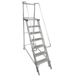 Escada Trepadeira Plataforma 1,75 Com 7 Degraus Aluminio