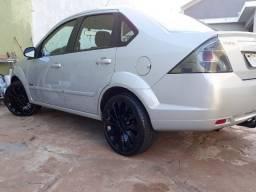 Venda ou troca Fiesta sedan 2012