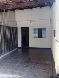 Casa 02 Qts c/suite Otimo local $950,00 tr *