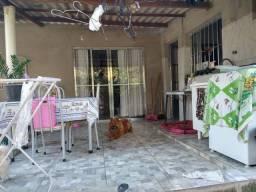# Casa com grande Quintal (360mts2)