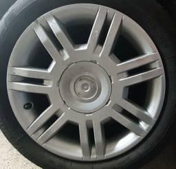 Título do anúncio: Rodas do Punto aro 16 + pneus novos em até 10x de R$140,00 no cartão de crédito
