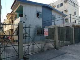 Alugo ótima casa duplex com 3 quartos no Bairro de Jardim Atlântico / Olinda