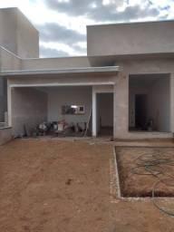 Linda Casa Térrea 3 Suites no condomínio Terras da Estância em Paulínia em Construção