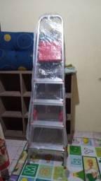 Escada nova nunca usada