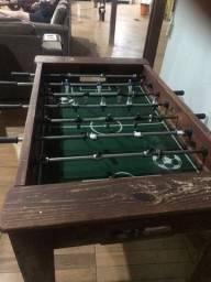 Dois jogos de mesa usado no estado que se encontra