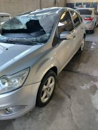 Ford focus  1.6 completo       11/12