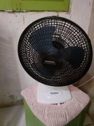 Título do anúncio: Vendo ventilador  no precinho chame no zap *