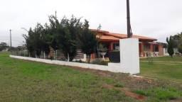 Casa em resort (Águas de Santa Bárbara)