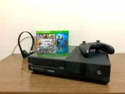 Xbox One Fat Completo + GTA V e Resident evil 4