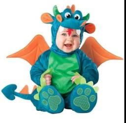 Fantasia de Dragão, 2 meses a 2 anos, vestiu só pra tirar foto